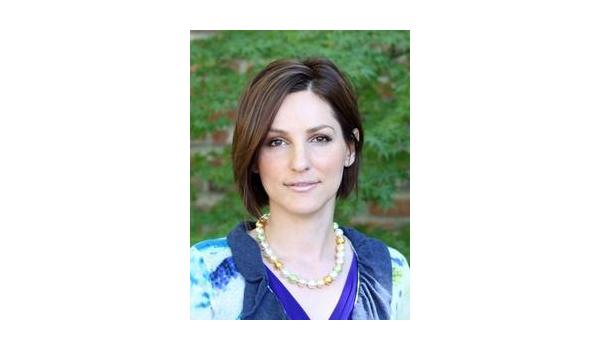 En Dikkat Çekici 10 Avukat - Catia Saraiva