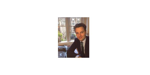 En Yakışıklı 10 Erkek Avukat - Joseph Moore