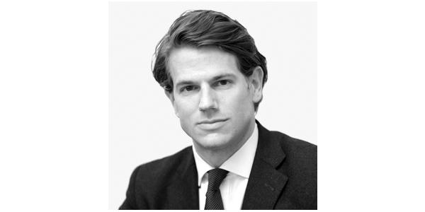En Yakışıklı 10 Erkek Avukat - Nicholas Wilkinson