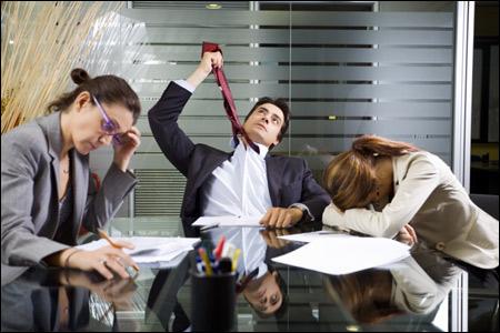 Ofiste Kadın ve Erkekleri Çıldırtan 10 Durum -