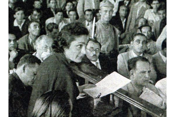 Türkiye'nin İlk Kadın Avukatı - Süreyya Ağaoğlu