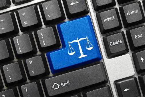 Apple Avukat Arıyor -3