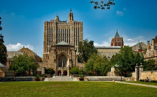 Avukatlar İçin Yurt Dışında Yüksek Lisans Yapılabilecek Üniversiteler -2