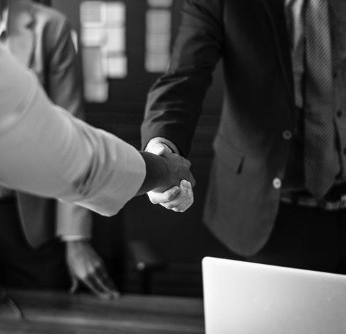 Hukuk Bürolarında İş Geliştirme Yöntemleri - Müvekkilleri Elde Tutun