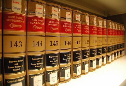 Avukat Kıyafet Yönetmeliği-3