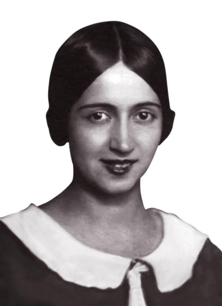 Adaletin Dört Yoncası - Fatma Beyhan Nil Kimdir
