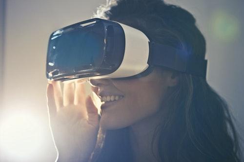 Avukatlar İçin Gerçekçi Yeni Yıl Kararları - Teknolojiyi Hayatınıza Dahil Edin
