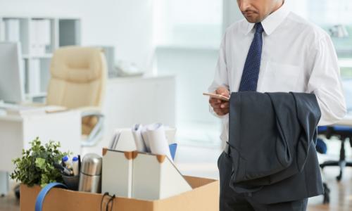 Avukat Hukuk Bürosundan Nasıl Ayrılmalıdır